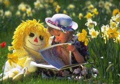 Lectură în grădină